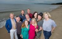 Tio nya amerikaner upptäcker Sverige. Fr.v: Troy Bankord, Nick Jones, John Olson, George Strid, Leslie Longoria, Katie Malik, Courtney Schlagel, Amanda Vinicky, Nate Butler, Jennette, Landes.