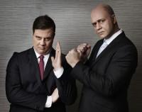 Jörgen Lötgård som Stefan Löfvén och Johan Petersson som Fredrik Reinfeldt. - Foto: Magnus Selander/Kanal 5.