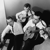 Tre kriminella killar gör i mitten av 1960-talet musikalisk sensation och vinner hundratusentals människors hjärtan. Foto: SVT