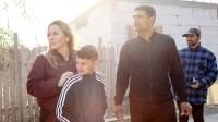 Alexandra följer med Mihai till Buzău i Rumänien. På bilden Alexandra, Mariuz och Mihai. Foto: Stina Fischer