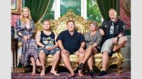 Angelica Karlsson, Pierre Karlsson, Leif-Ivan Karlsson, Susanne Karlsson och Tony Karlsson. Foto: Johnny Wohlin/TV3