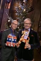 Programledare Kristian Luuk och domare Fredrik Lindström. Foto: Bo Håkansson /SVT