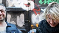 Finnjävlar-podden med Kristian Borg och Victoria Rixer. Foto: Anni Emilia Alentola, Sisuradio Sveriges Radio