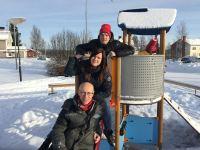 Meänraatio i Pajala. Tre av redaktionens medlemmar: Rolf Digervall, Eva Kvist, Bertil Isaksson. Foto: Sveriges Radio.
