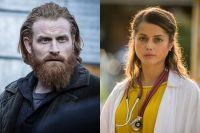 "Kristofer Hivju sees i rollen som Steinar i ""Beck"" og Amrita Acharia har hovedrollen i den nye dramaserien ""Good Karma Hospital"""