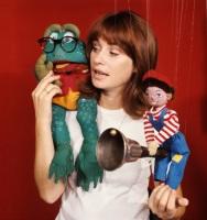 1989 - Sommarlov Programmet visade bland annat Anita och Televinken, Fisketur, Nikolaj Olsens hemlige liv och Poco. Grodan Boll, Anita (Lindman) och Televinken. foto: SVT