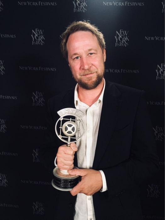 Mikael Funke reporter för silvervinnaren Kapuscinski - journalisten och sanningen. Foto: UR.